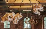 Werk van Peter Gentenaar in de Bonifatiuskerk.