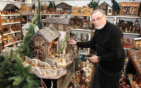 Jan de Vries heeft wel achttien hobby's, maar kerststallen is de grootste.